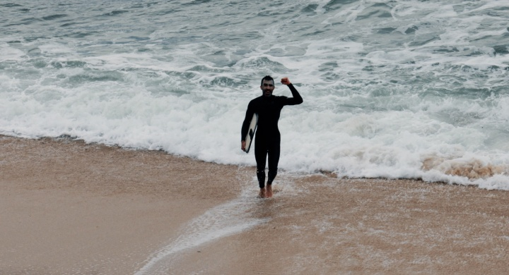Surfei a minha primeira onda de skimboard!